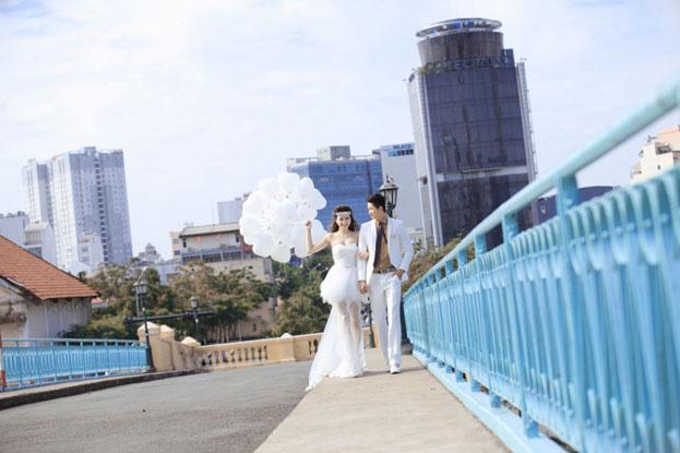 Bảng giá chụp ảnh cưới ngoại cảnh TPHCM có đắt không?