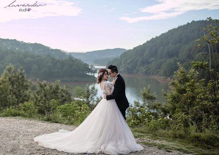 Giá chụp ảnh cưới ngoại cảnh tại Lavender - Đắt hay Rẻ?